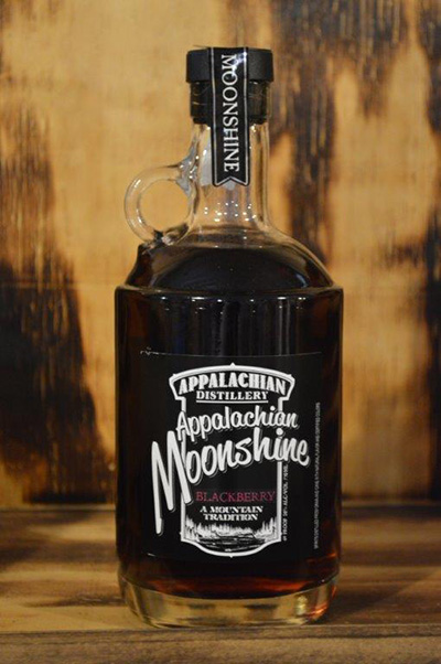 //appalachian-moonshine.com/wp-content/uploads/2017/01/moonshine-blackberry.jpg