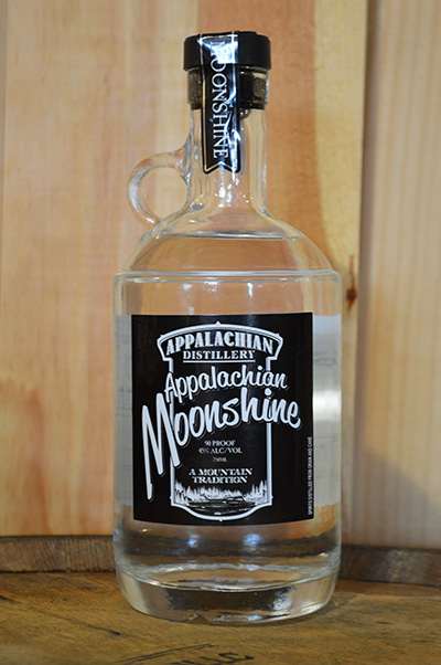 //appalachian-moonshine.com/wp-content/uploads/2017/01/moonshine-straight.jpg